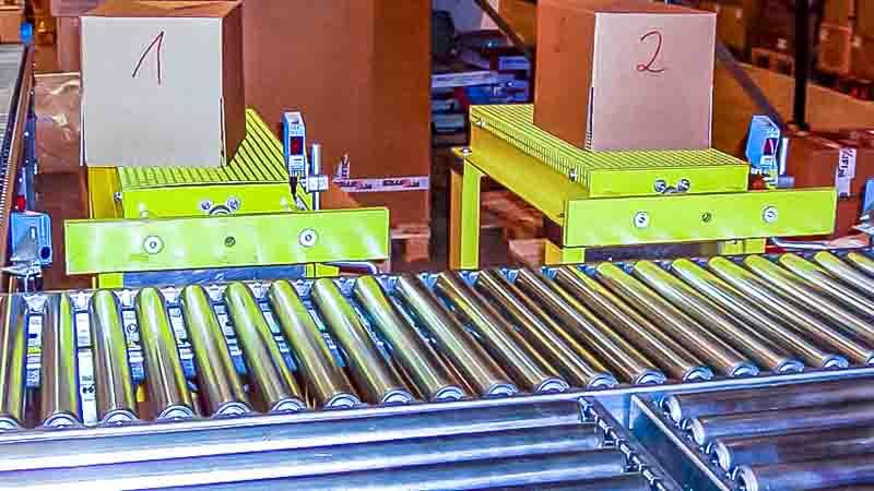 Pusher oder Ausschleuser - HaRo - Einfach Sortierung und Separierung der Kartons Kisten und Boxen_