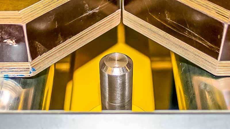 Bolzenstopper - HaRo - Klein, mit großer Verantwortung - die Materialfluss Kontrolle stellt für den Bolzenstopper die Hauptaufgabe dar