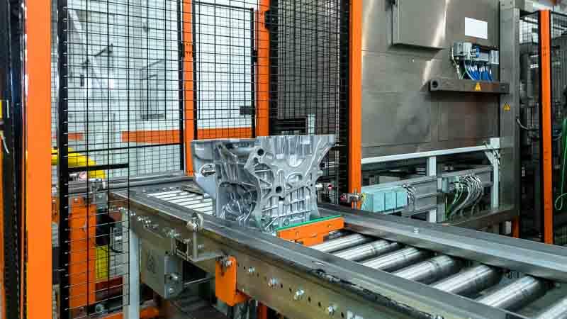Fördergut Positionierung für die Roboter Bearbeitung via CNC