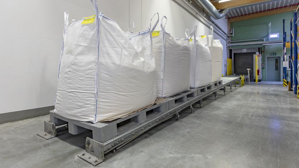 Gefällerollenbahn - durch gezieltes ausnutzen der Schwerkraft bietet sie eine clevere Option für den Palettenptransport