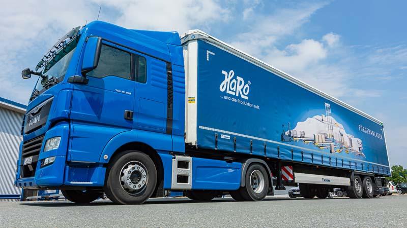 HaRo Fuhrpark - LKW-Flotte für den Fördertechnik Transport zum Kunden
