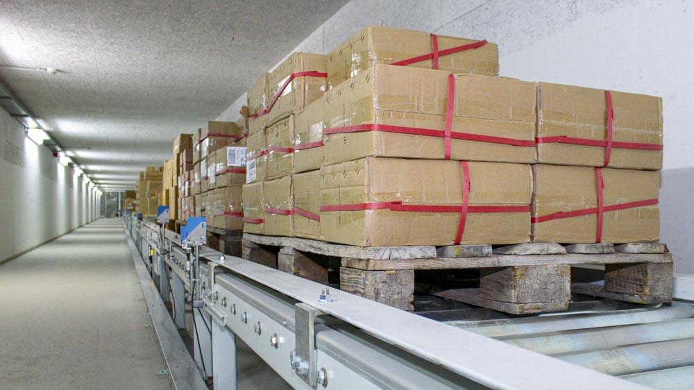 Palettenfördertechnik mittels Rollenbahn - die ideale Kombination für Lasten bis 1.500kg