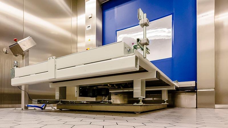 Rollenbahn Erweiterung mit integrierter Waage - die Wägezelle wird direkt unter der Fördertechnik montiert und verhilft zu einer durchlaufenden Gewichtserfassung ohne Umlagerung