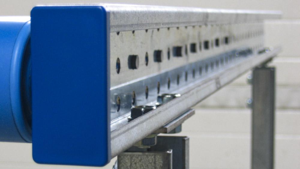Höhenanpassung der Tragrollen in 3 Stufen jederzeit durch eine Steckachse möglich.
