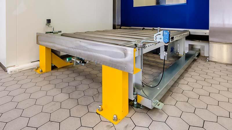 Sicherheitssysteme in der Fördertechnik sind ein essentieller Bestandteil jeder automatsichen Produkt Beförderung - Rammbock und Ultraschallwandler sind ein Auszug aus dem Sicherheitskonzept für unsere Förderanlagen